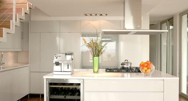 modern kitchen-4star-selfcatering-kalkbay